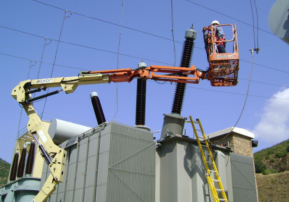 Montaje de transformadores de potencia
